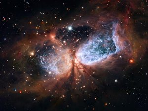 space174-hubble-wings-angel_45873_600x450