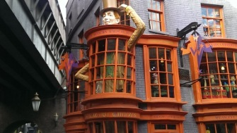 Daigon Alley wizardry shops